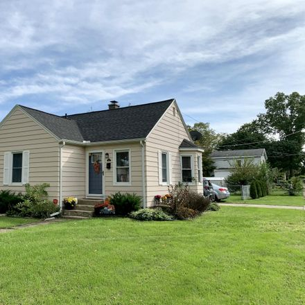 Rent this 2 bed house on 1602 Howard Street in Niles, MI 49120