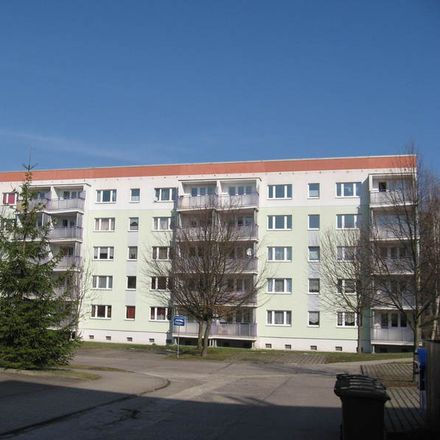 Rent this 3 bed apartment on Moritzwiesen 12 in 06618 Naumburg (Saale), Germany