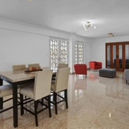 Rent this 4 bed apartment on PR 00911