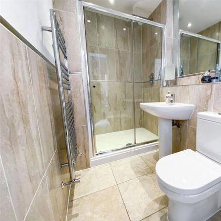 Rent this 3 bed apartment on Jepson Drive in Dartford, DA2 6FL