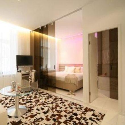Rent this 2 bed apartment on Gerechtigkeitsgasse 8 in 8022 Zurich, Switzerland