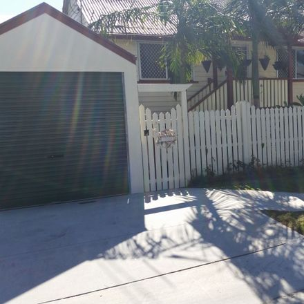 Rent this 5 bed house on 44 Jenner Street