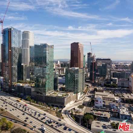 Rent this 2 bed condo on 889 Francisco Street in Los Angeles, CA 90017