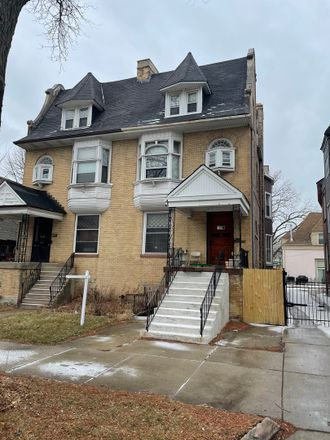Rent this 6 bed house on 438 East Oakwood Boulevard in Chicago, IL 60653