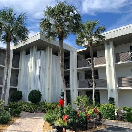 Rent this 2 bed condo on 6102 Augusta Dr in Fort Myers, FL