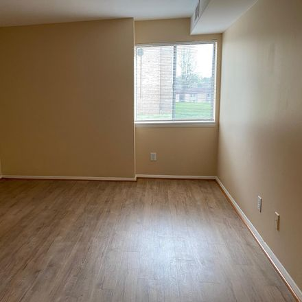 Rent this 3 bed apartment on 18915 Smoothstone Way in Montgomery Village, MD 20886