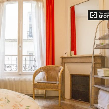 Rent this 3 bed room on 10 Villa d'Alésia in 75014 Paris, France