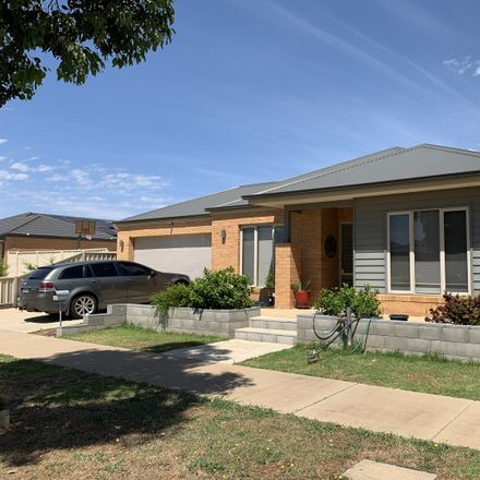 Rent this 4 bed house on 42 Wendouree  Drive