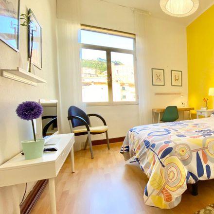 Rent this 5 bed room on Menphis mafia in Uriortu kalea / Calle Uriortu, 48001 Bilbao