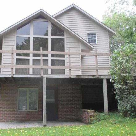 Rent this 3 bed house on 370 Oxford Road in New Oxford, PA 17350