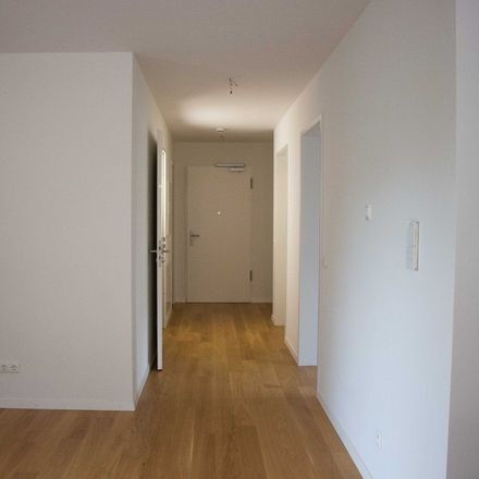 Rent this 5 bed duplex on Karwendelstraße in 82008 Unterhaching, Germany