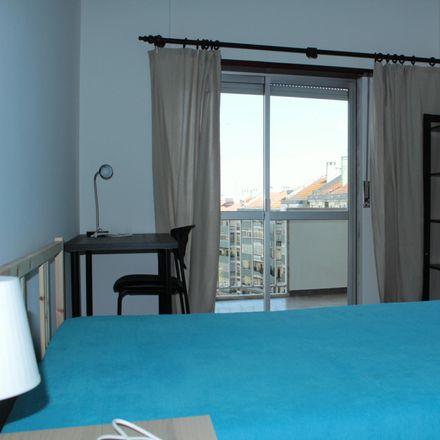 Rent this 3 bed room on Parque Infantil da Rua Aquiles Machado in Rua Aquiles Machado, 1900-386 Lisbon