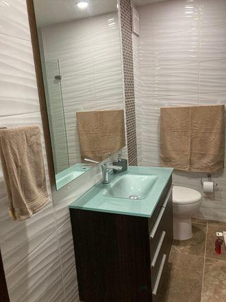 Rent this 3 bed apartment on Tienda Maloka in Carrera 69, Localidad Fontibón