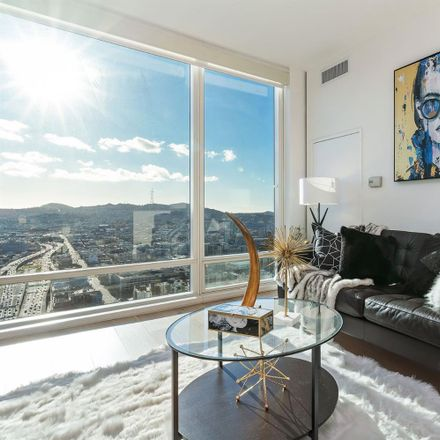 Rent this 1 bed condo on One Rincon Hill South Tower in 425 1st Street, San Francisco