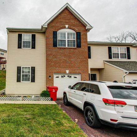 Rent this 3 bed townhouse on Green View Dr in Pottstown, PA
