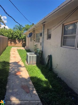 Rent this 4 bed duplex on 212 Southwest 9th Street in Hallandale Beach, FL 33009