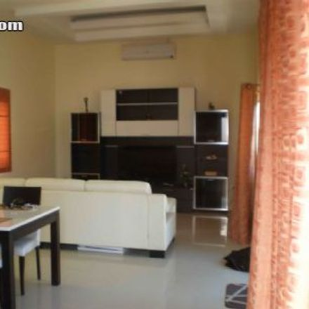 Rent this 3 bed house on Jomtien Chalet in Jomtien Sai Nueng, Ban Amphoe