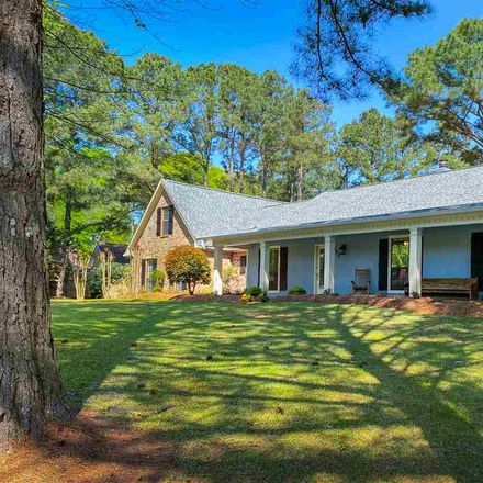 Rent this 3 bed house on 106 Aspen Drive in Madison, MS 39110