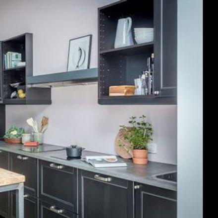 Rent this 1 bed room on Rue de Neufchâtel - Nieuwburgstraat 17 in 1060 Saint-Gilles - Sint-Gillis, Belgium