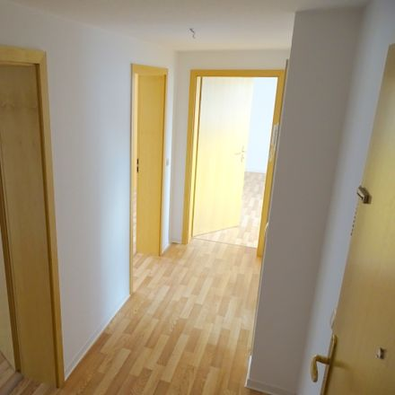 Rent this 3 bed apartment on Bodelschwinghstraße 6 in 08451 Crimmitschau, Germany