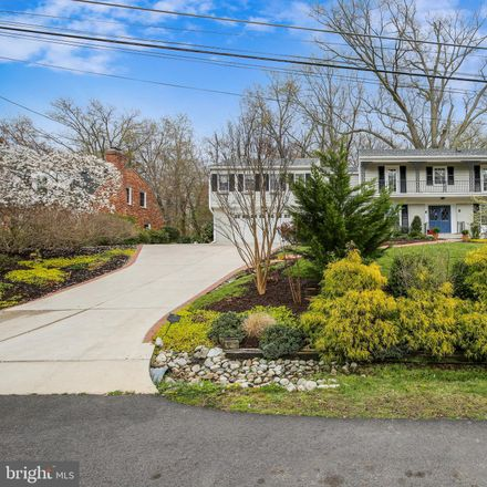Rent this 6 bed loft on Charles Augustine Dr in Wellington, VA