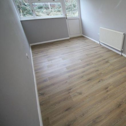 Rent this 2 bed apartment on Lonsdale in Dacorum HP2 5TR, United Kingdom