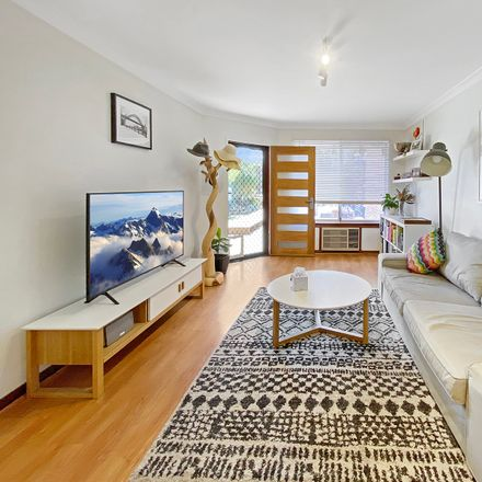Rent this 2 bed apartment on 7/117 Royal Street
