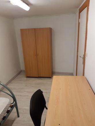 Rent this 4 bed room on Impasse des Couteliers 2 in 5030 Gembloux, Belgique