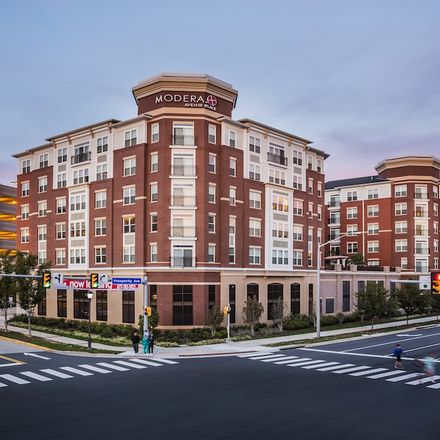 Rent this 1 bed apartment on 109 Moore Avenue Southeast in Vienna, VA 22180