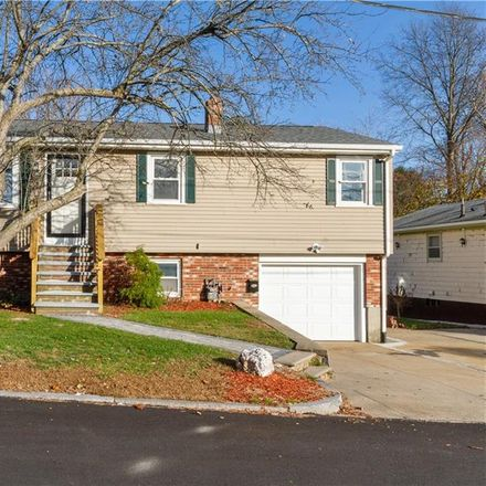 Rent this 3 bed house on 15 Link Street in North Providence, RI 02911