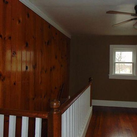 Rent this 3 bed house on 1389 Laurel Avenue in Janesville, WI 53548
