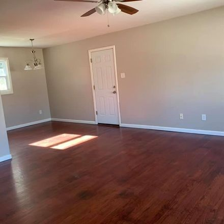 Rent this 3 bed house on Primrose Lane in Fairview Heights, IL 62208