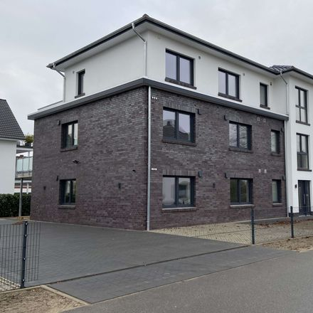 Rent this 3 bed apartment on Straußweg 4 in 27299 Langwedel, Germany