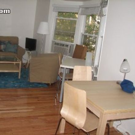 Rent this 1 bed apartment on 1522 North LaSalle Boulevard in Chicago, IL 60610