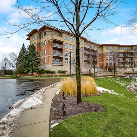 Rent this 3 bed condo on 45 Prairie Park Dr in Wheeling, IL