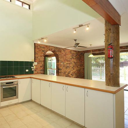 Rent this 4 bed house on 10 Jermyn Street