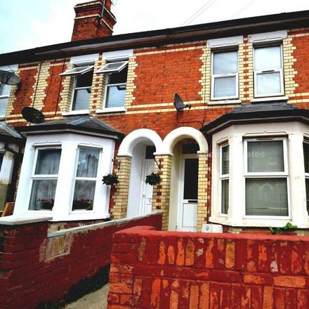 Rent this 5 bed house on 61 Cholmeley Road in Reading RG1 3NB, United Kingdom