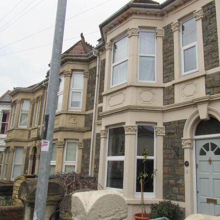 Rent this 3 bed house on Xing Wang in 17 Harrowdene Road, Bristol BS4 2JL