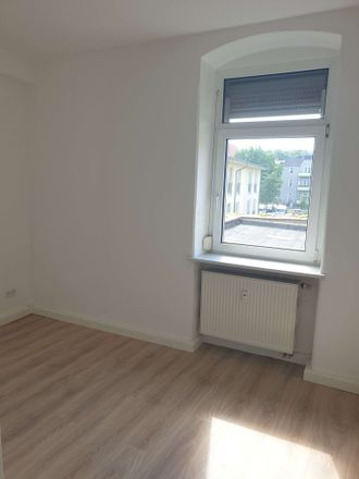 Rent this 3 bed apartment on Dresdner Straße 55 in 01705 Freital, Germany