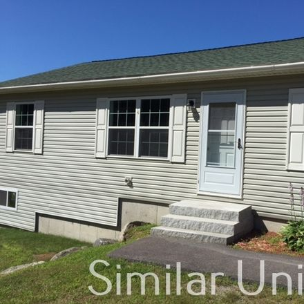Rent this 3 bed house on John St in Hillsboro, NH