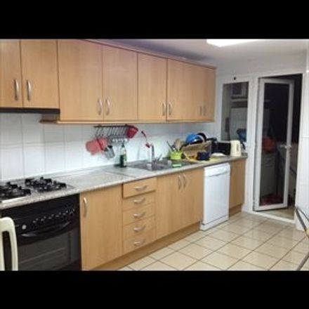 Rent this 1 bed room on Calle Metge Josep Darder in 33, 07008