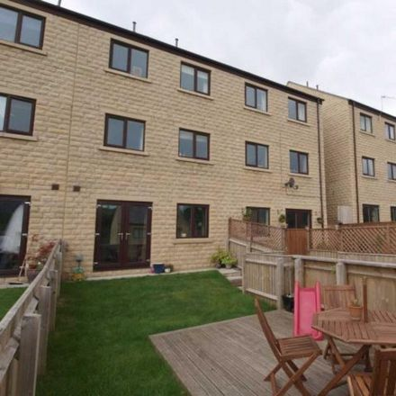 Rent this 4 bed house on Drum and Monkey in Chapel Road, High Peak SK23 7LB