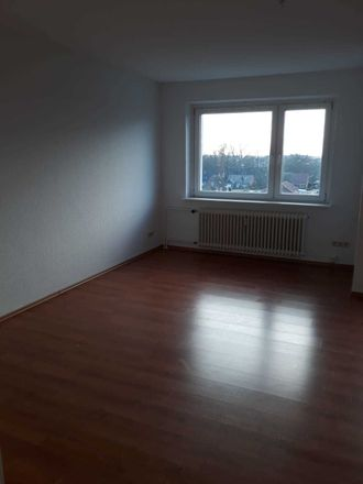 Rent this 4 bed apartment on Dr.-Meyer-Straße 3 in 25709 Marne, Germany