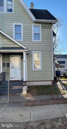 Rent this 2 bed townhouse on Riverside Township in 428 Kossuth Street, Riverside