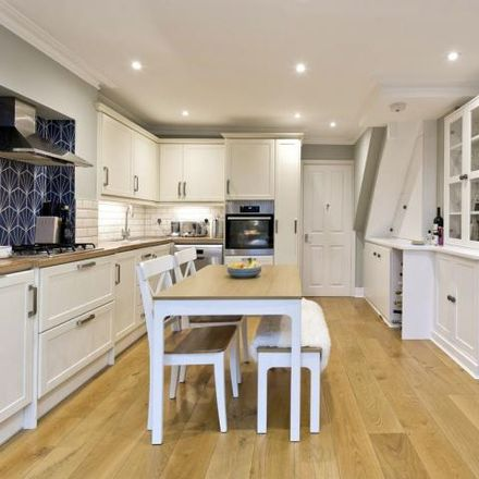 Rent this 3 bed house on 5 Earl Road in London SW14 7JH, United Kingdom