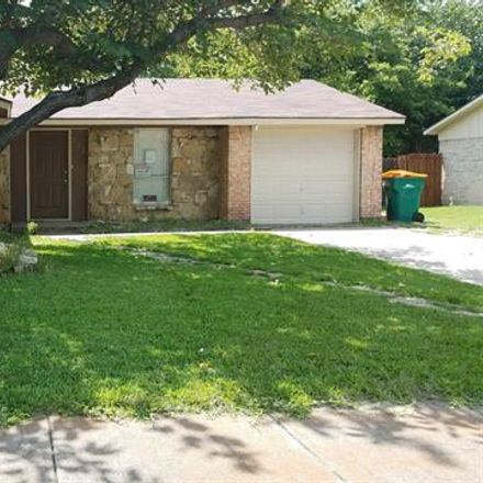 Rent this 3 bed house on 212 Ridgeway Circle in Lewisville, TX 75067
