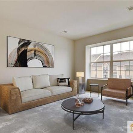 Rent this 24 bed loft on Dutchess Ln in Woodbridge, NJ