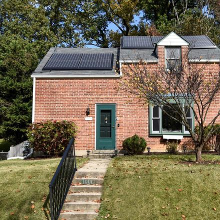 Rent this 3 bed house on Dennis Avenue in Silver Spring, MD 20901