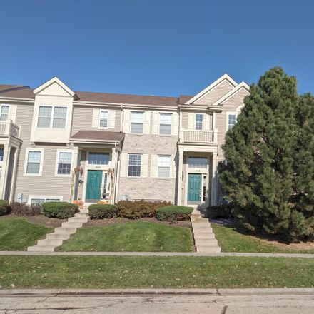 Rent this 3 bed townhouse on 886 Galway Lane in Pingree Grove, IL 60140