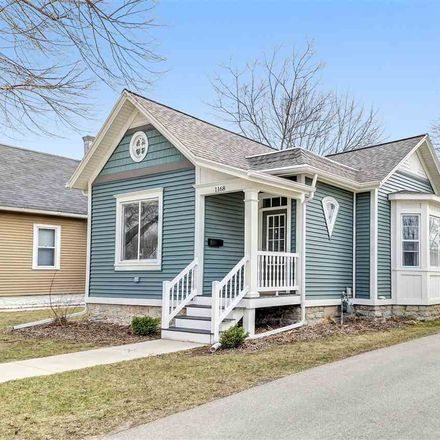 Rent this 3 bed house on 1168 East Walnut Street in Green Bay, WI 54301